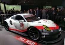 Porsche 'dan ilk orta-motor yarış otomobili 911 RSR
