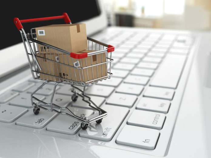 E-Ticaret, internet üzerinden yapılan alışverişe verilen addır.
