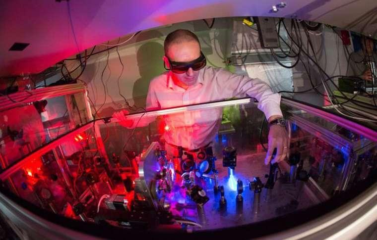 Ultra hızlı lazerler hassas fotosentez tepkimelerini görüntülüyor
