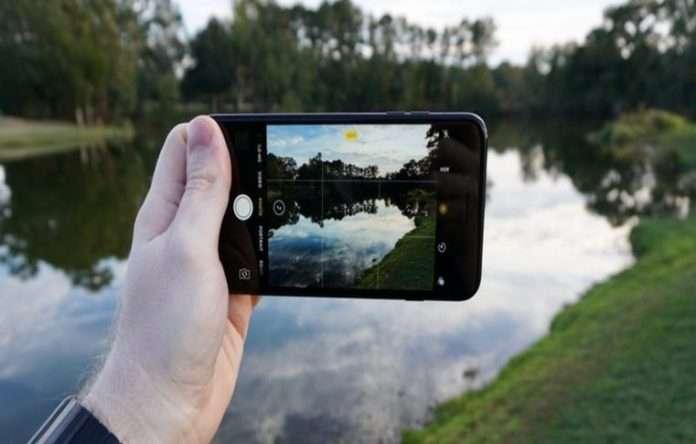Apple gelecek dönemde 5 inç'lik bir iPhone modelini tanıtmaya hazırlanıyor