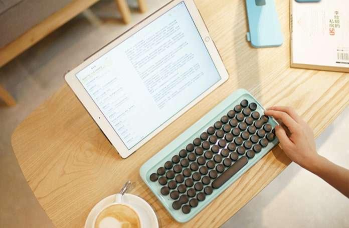 Lofree firması daktilo'dan esinlenen ilk mekanik klavyesini piyasaya çıkartıyor