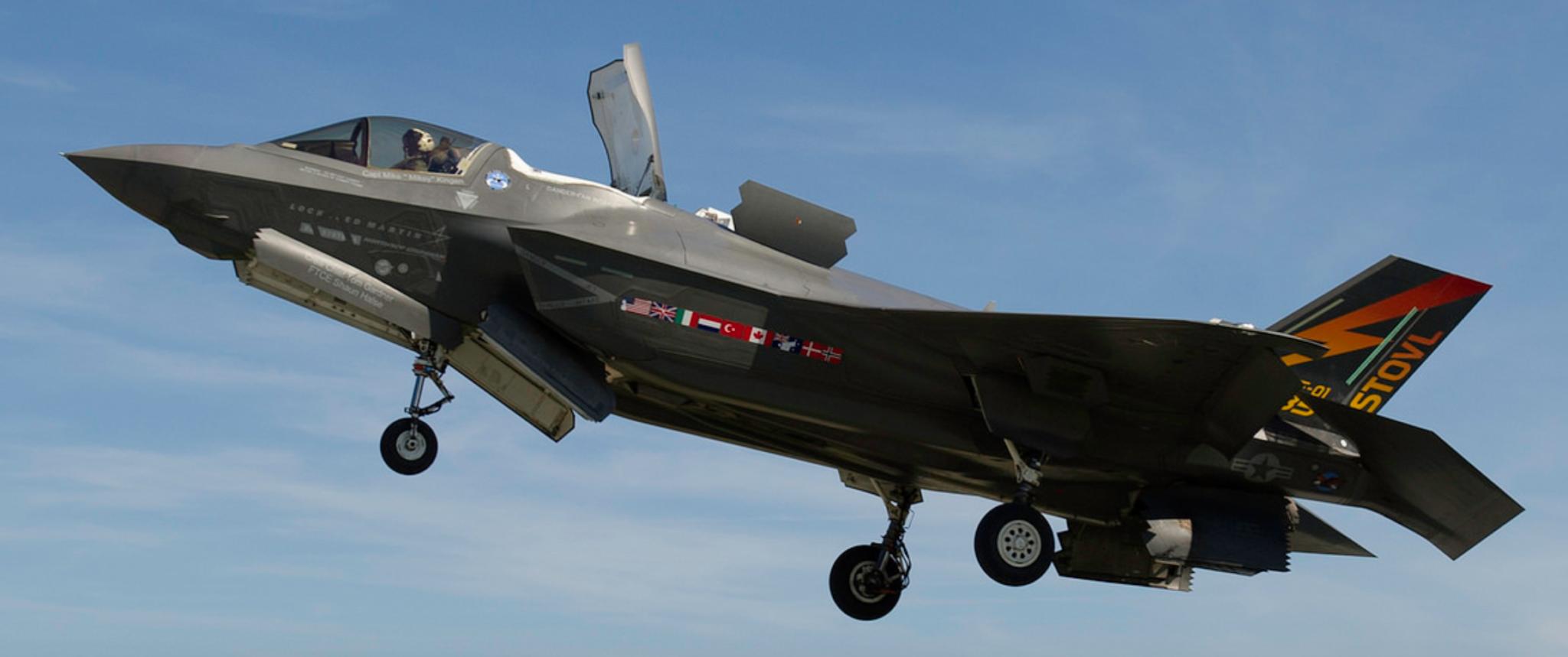 F 35 SOM-J