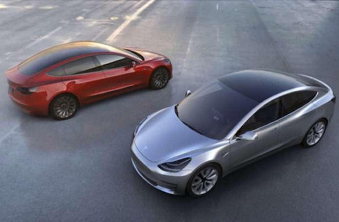 Birçok önemli Apple çalışanı Tesla ile çalışmak için Apple'dan ayrılıyor