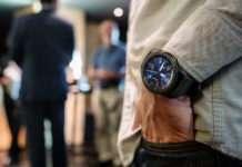 Gear Smartwatch'ları artık iPhone cihazınızla kullanabileceksiniz