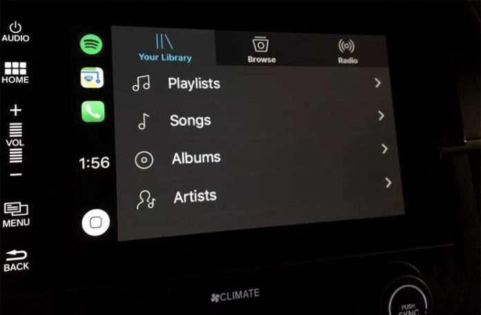 Apple Carplay'in yeni özelliği ile araba kullanırken dikkat dağılmayacak