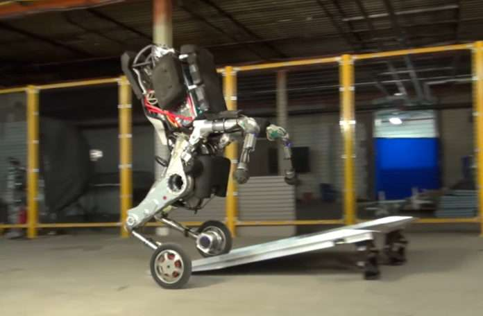 Boston Dynamics'in yeni robotu 1.82 Metre boyunda ve 45 Kg kaldırabiliyor