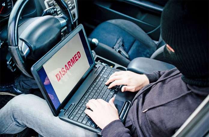 Uygulamayı hackle, bedava arabayı kap