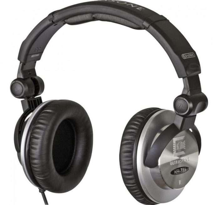 gürültü izolasyonu yapan bir kulaklık seti