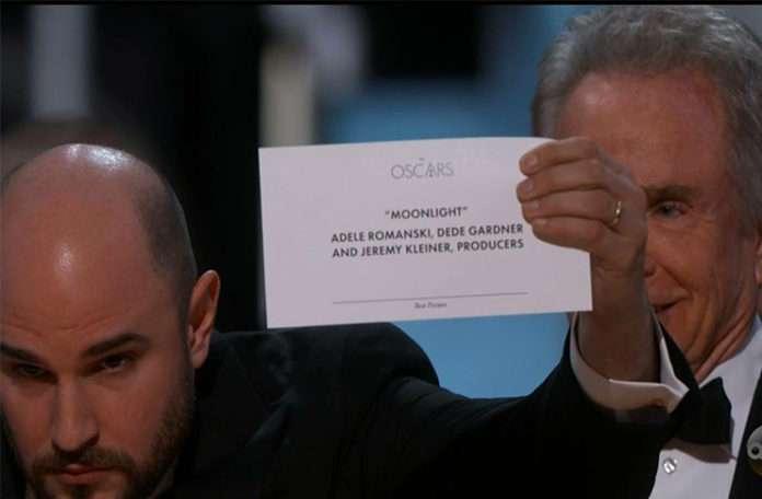 La La Land'ın kazandığı anons edilen ödülün asıl sahibi Moonlight