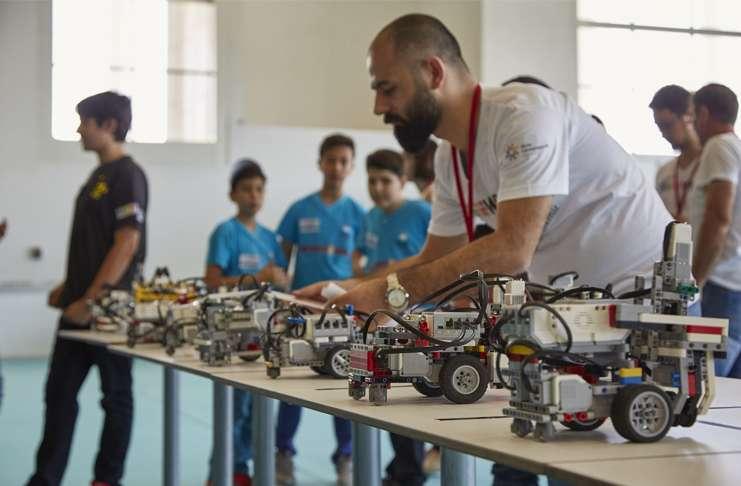 Genç mucitler Lego'dan yaptıkları robot projelerini sunacaklar