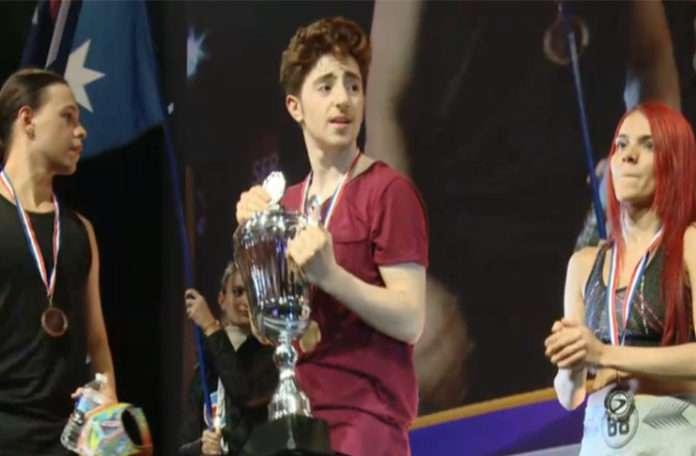 Ubisoft'un dans oyunun şampiyonasında birinci bir Türk