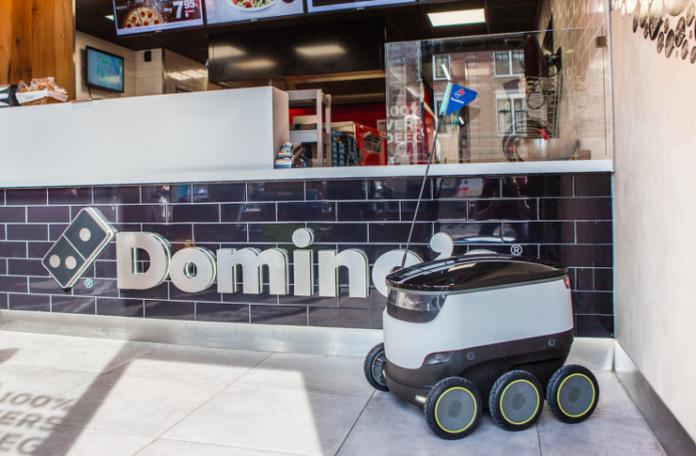 Domino's ve Starship robot pizza dağıtımını