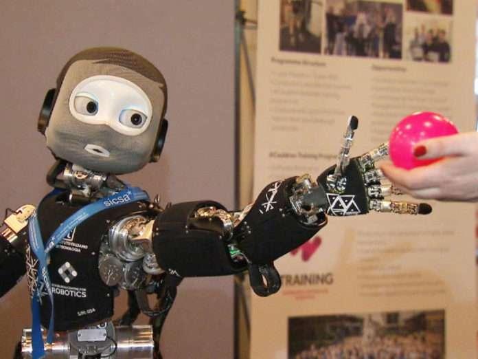 sosyal zekaya sahip robotlar