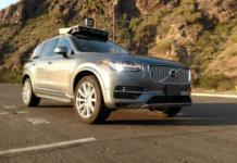 Uber'in işlettiği sürücüsüz bir araç