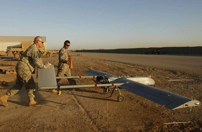 Kontrolden çıkan insansız hava aracı 600 mil uçarak ağaca tosladı