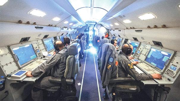 barış kartalı uçağı