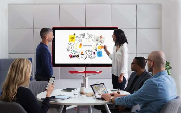 Google Jamboard, Microsoft Surface Hub'a büyük bir rakip geldi