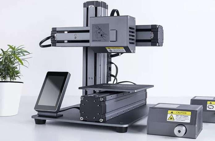 CNC makinesine dönüşen modüler 3D yazıcı Snapmaker.