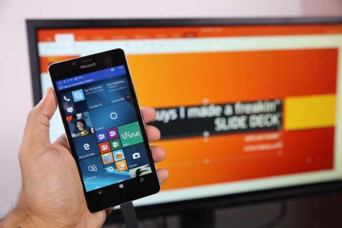 Galaxy S8'in iki işi yapabilecek bir PC gibi
