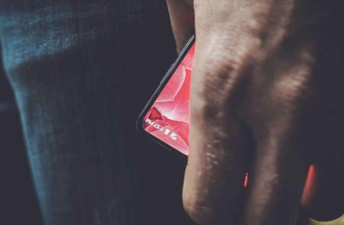Andy Rubin yeni bir akıllı telefon yapıyor