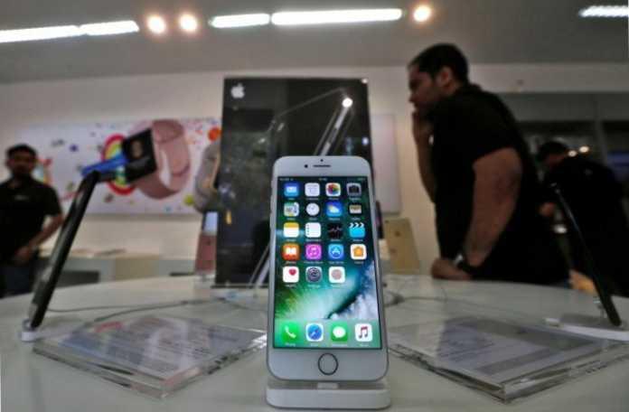 Apple, Samsung'a 70 milyon bükülebilir OLED panel siparişi