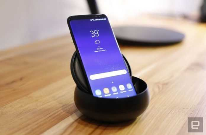 Galaxy S8 kullanıcıları, cihazın kendiliğinden kapanıp açılmasından