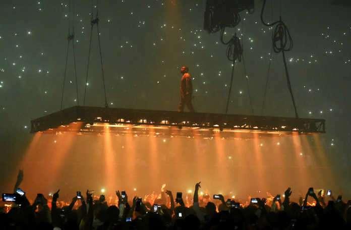 Kanye West, Twitter ve Instagram