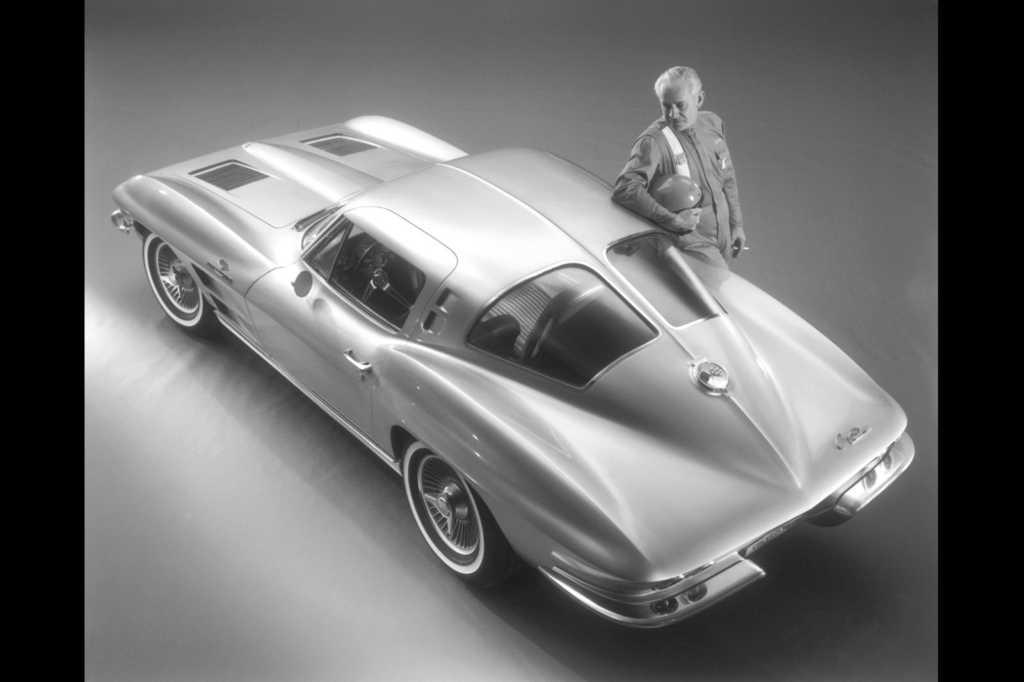 Dünyanın en güzel arabaları - 1963 Chevrolet Corvette Sting Ray