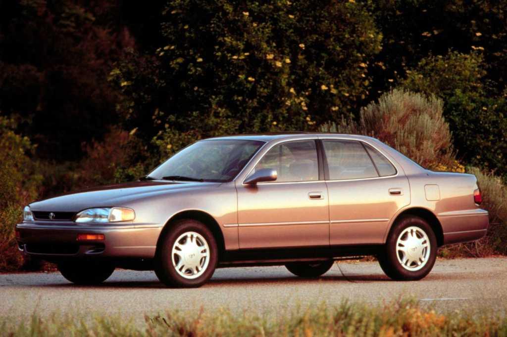Dünyanın en güzel arabaları - 1992 Toyota Camry