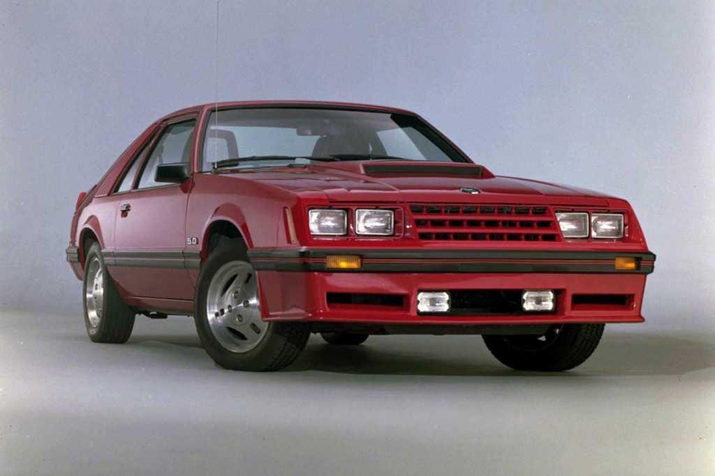 Dünyanın en güzel arabaları - 1982 Ford Mustang 5.0