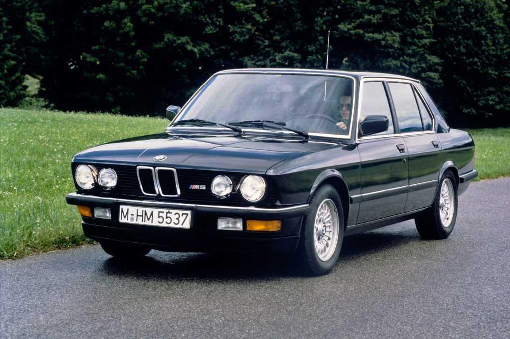 Dünyanın en güzel arabaları - 1988 BMW M5