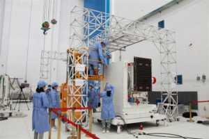 Deneysel Micius, zarif optik ekipmanı ile, Dünya'nın etrafını dolaşmaya devam edecek