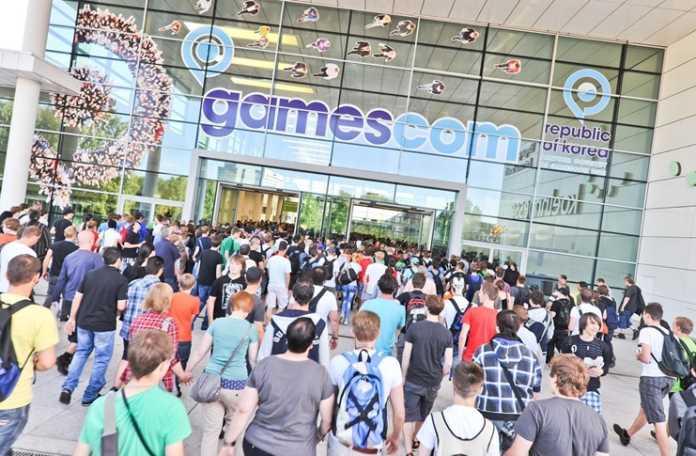 Almanya Başbakanı Angela Merkel, Gamescom'un 2017 açılışını yapıyor