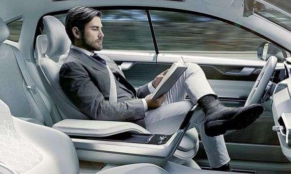 Yeni bir kanun sayesinde sürücüsüz otomobil testlerinin önü açılıyor.