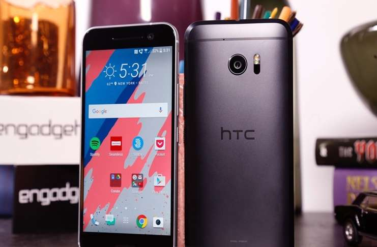 HTC klavyelerinde reklamların çıkması kullanıcılarını şaşırttı