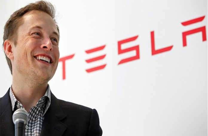 Elon Musk, 'Yapay zekâyı insanoğluna bir tehdit oluşturmadan önce sınırlamalıyız'
